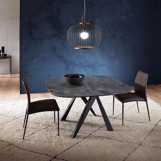 Table ozzio BOMBO.JPG