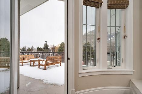 suite 211 entrance to deck.jpg