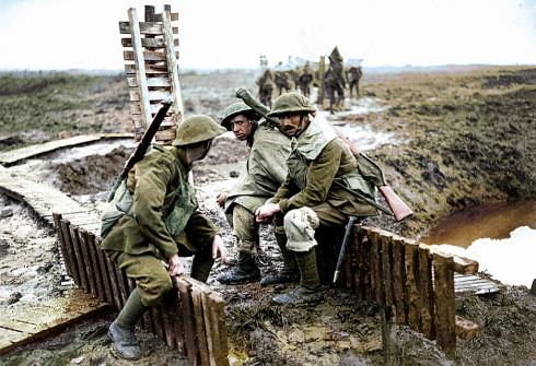 British Trenches Flanders WW1.jpg