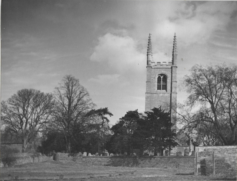 1950 St Andrews from West.jpg