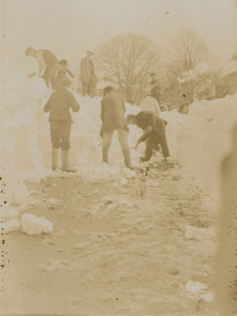 Snowy Scenes - no date.jpg