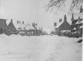 1950's High Street Snow.jpg