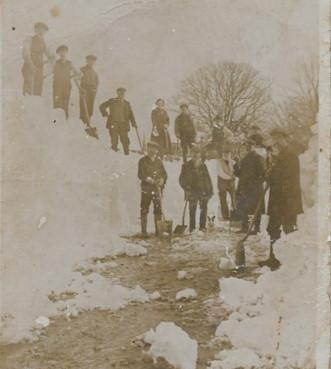 Snow 1916A.jpg