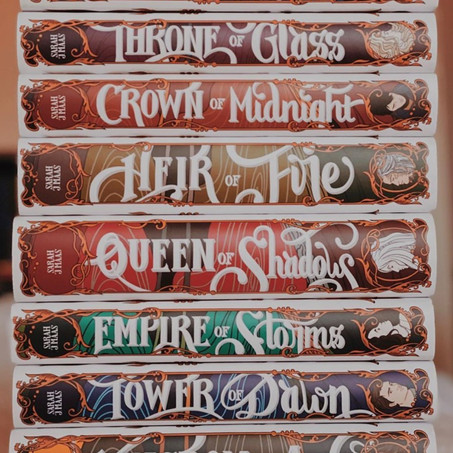 Book Review: Throne of Glass Series