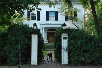 Home Hunters Chicago - Villa District.jp