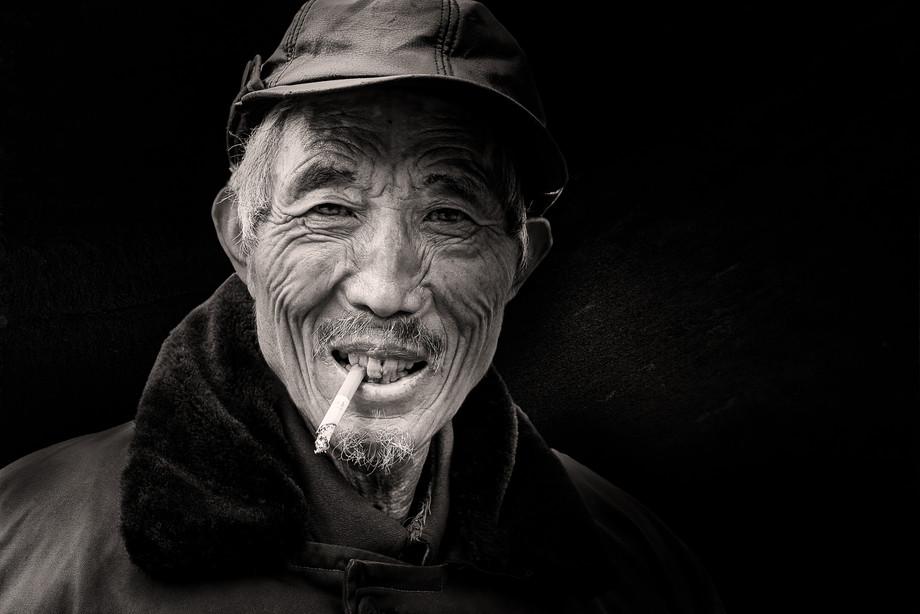 Man in Shanghai-MAR_3815