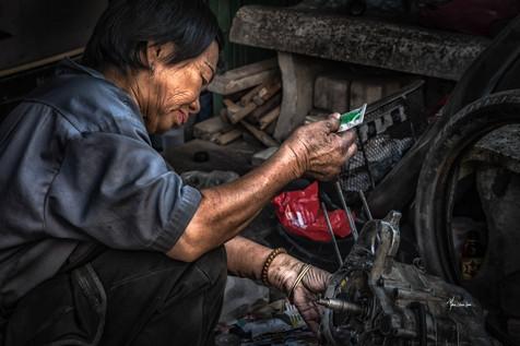 A lady mechanic
