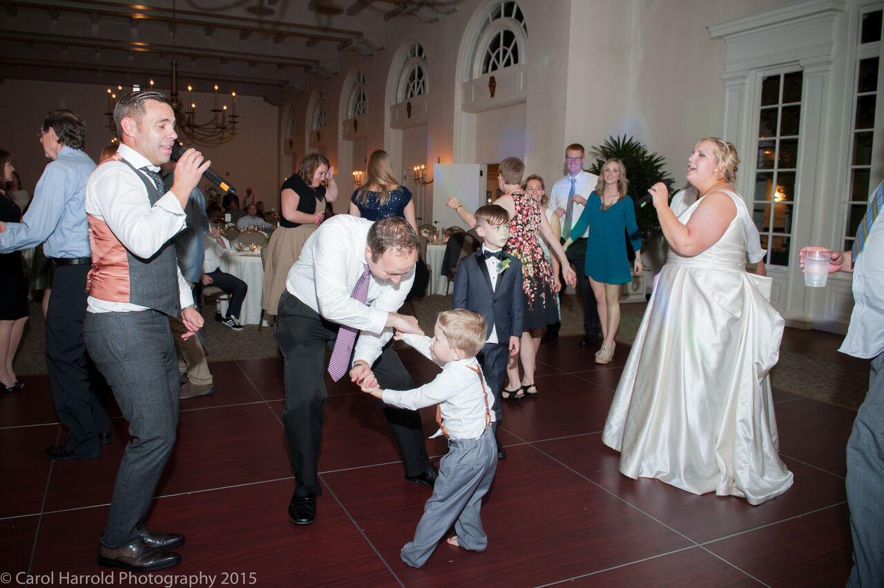 Karaoke with Dancing