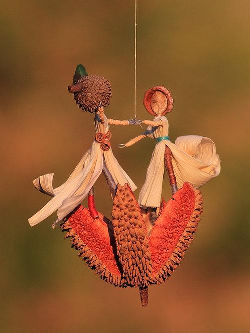 זוג רוקד על פרח