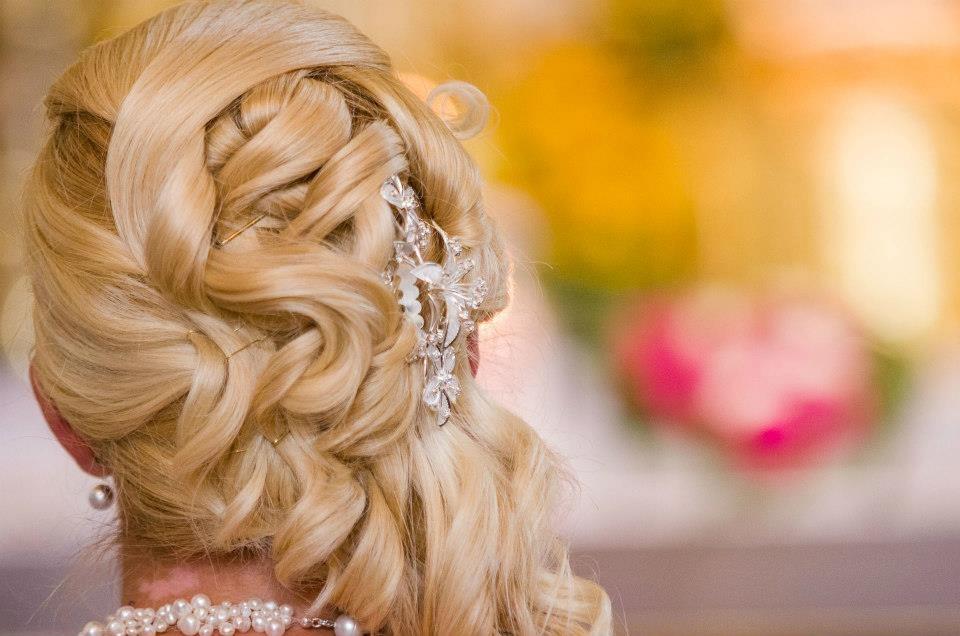 Brautfrisuren
