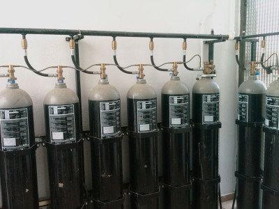 Батарея газового пожаротушения LPG с контролем веса (СО2)