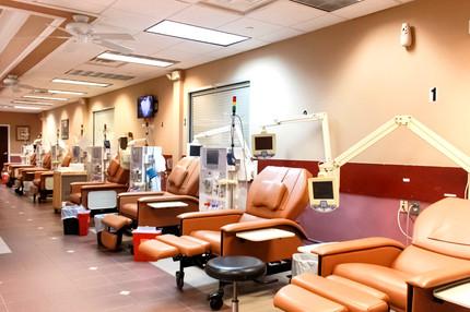 Gwinnett Dialysis Center_edited.jpg