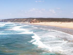 Praia da Bordeira - a stunning hidden beach in the Algarve