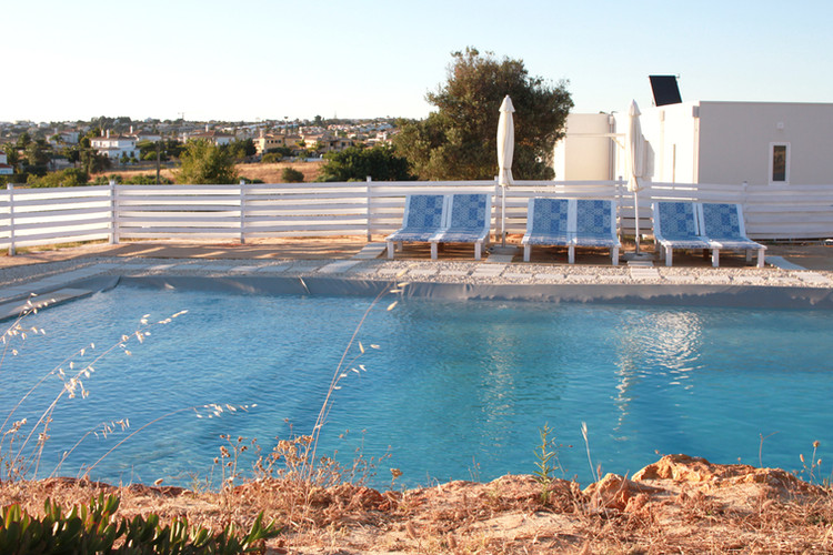 holiday-home_pool side_algarve_petithem.