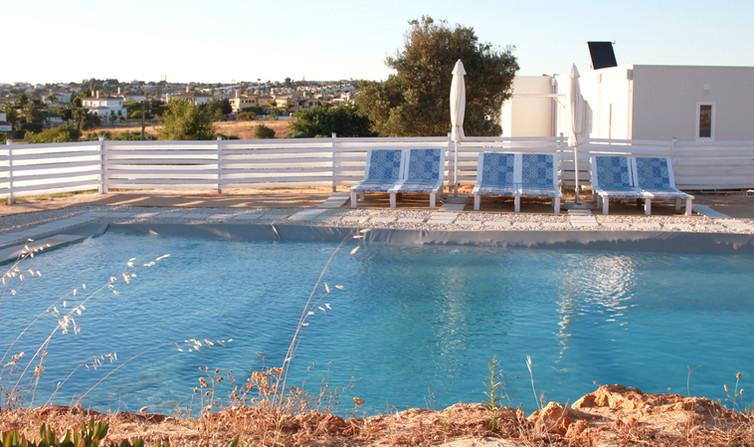 holiday-home_pool side_algarve_petithem.