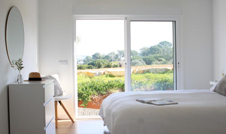vacation-rental_bedroom_algarve_petithem