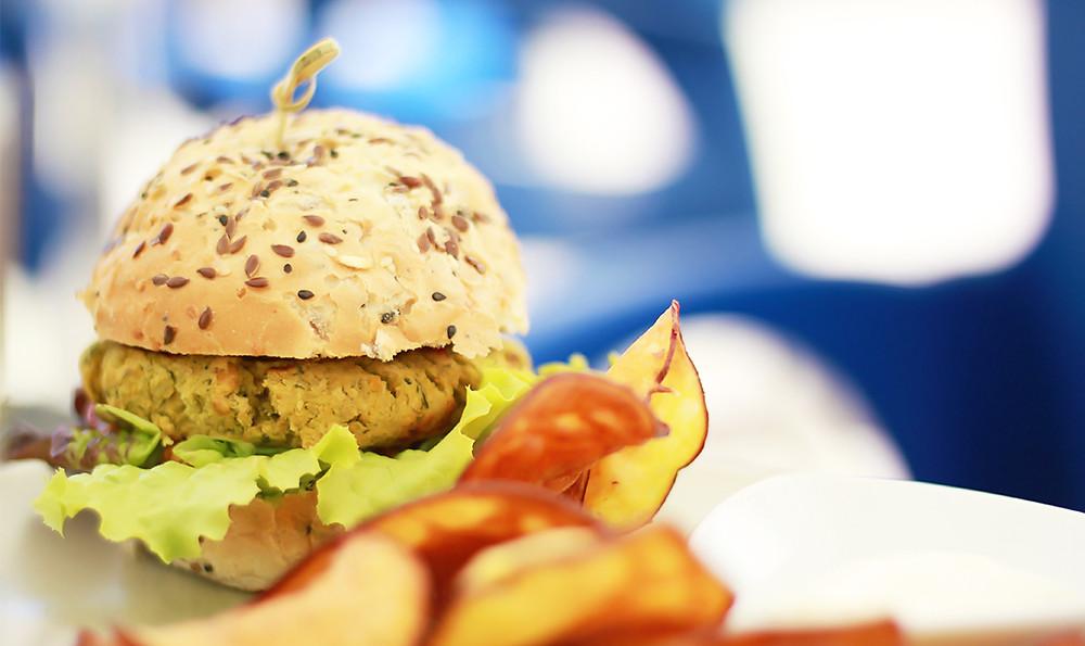 Vegetarian buger at Veggie Cafe in Albufeira, Algarve