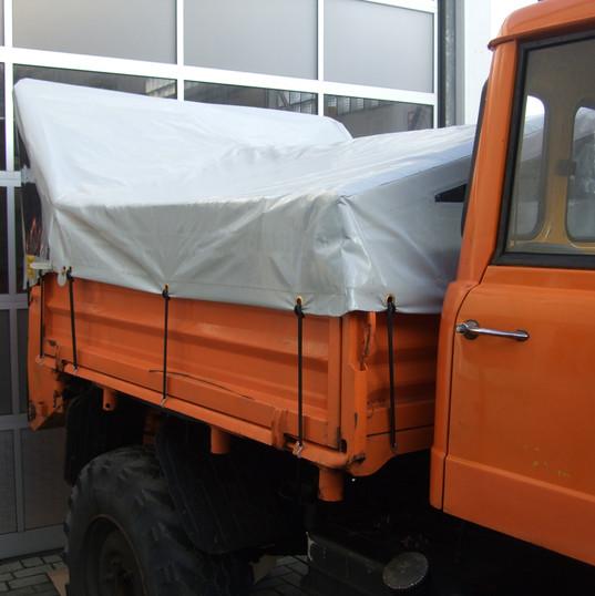 Abdeckplane Fahrzeug