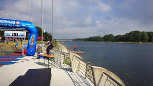 Swim & Run Cologne (D) 2017: zwemmen in de roeibaan en de geur van BBQ
