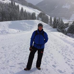 Wintersport (2): Kaiserwetter, après-ski, rodelen en autopech!