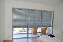 חלון אלומיניום קליל אופיס 7500