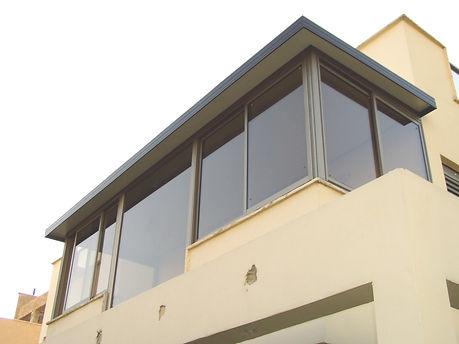סגירת מרפסת חלונות קליל
