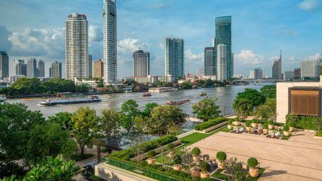 Four Seasons Hotel Bangkok at Chao Phraya River opens