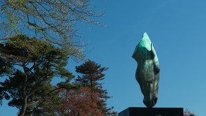 Still Water - Nic Fiddian-Green's iconic sculpture is revealed in Lalique crystal