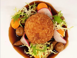 Recipe: Crispy Turkey Ball with Bread-Based Pasta and Mushroom Sauce from Fairmont Quasar Istanbul