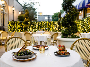 Look out for the stars - alfresco dining in Beverly Hills at THEBlvd Privé