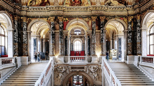 Vienna Showcase kick-starts with rare curator's tour