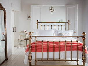 The Cornish Bed Company - Beautifully hand-cast standard & bespoke beds