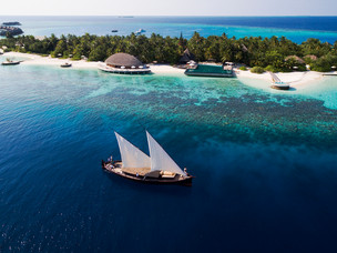 Huvafen Fushi Maldives launches underwater 'SpaQuarium""