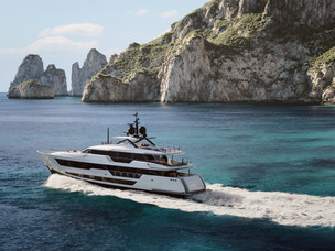 Custom Line 140' superyacht - the dream boat really does exist!