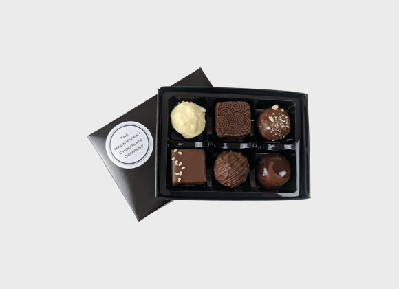 Milk And White Chocolates Box of 6
