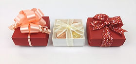 Linen ballotin boxes for chocolates with ribbon