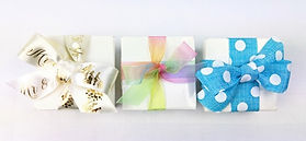 Ballotin boxes for 4 chocolates with ribbons