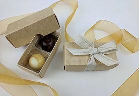 Kraft box for 2 chocolates with ribbon