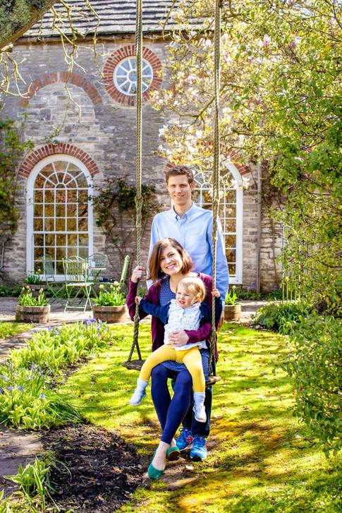 Dorset Days family photoshoot | Corfe Castle extended family photoshoot | Corfe Castle holiday cottage