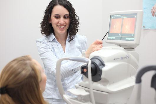 Dr. Pulsfus explains digital retinal imaging