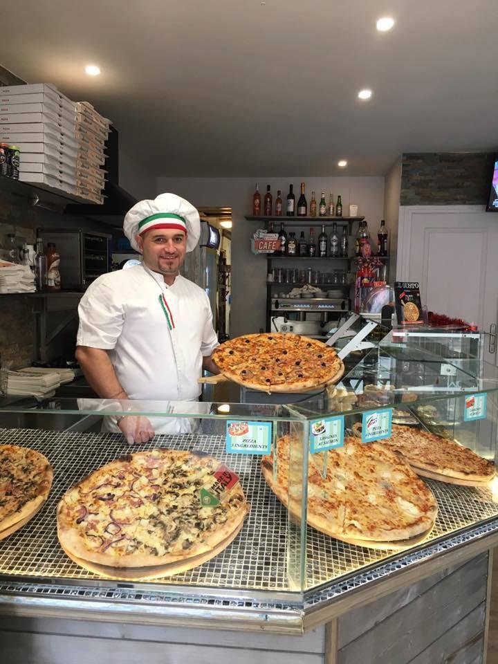 pizza, pizza à domicile, pizza au fe