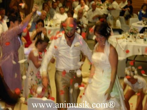 Mariage de Magali & Alexandre  Samedi 18 Août 2018  Salle des Fêtes de LA MURAZ  www.animusik.co