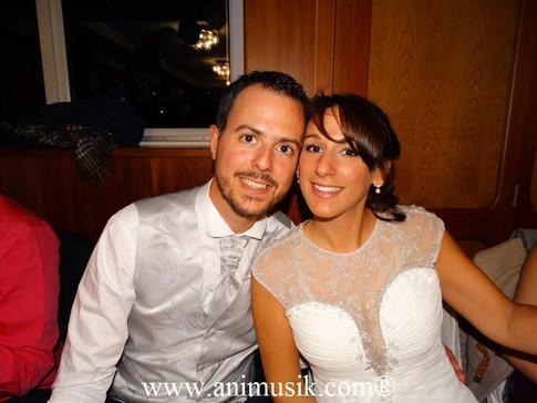 Mariage le 8 octobre 2016 Restaurant « Port Gitana » Genève-Bellevue  www.animusik.ch Vive les Jeune
