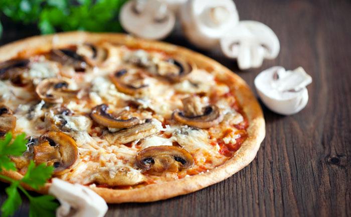 pizza, pizza à domicile, pizza au feu de bois ambilly Annemasse