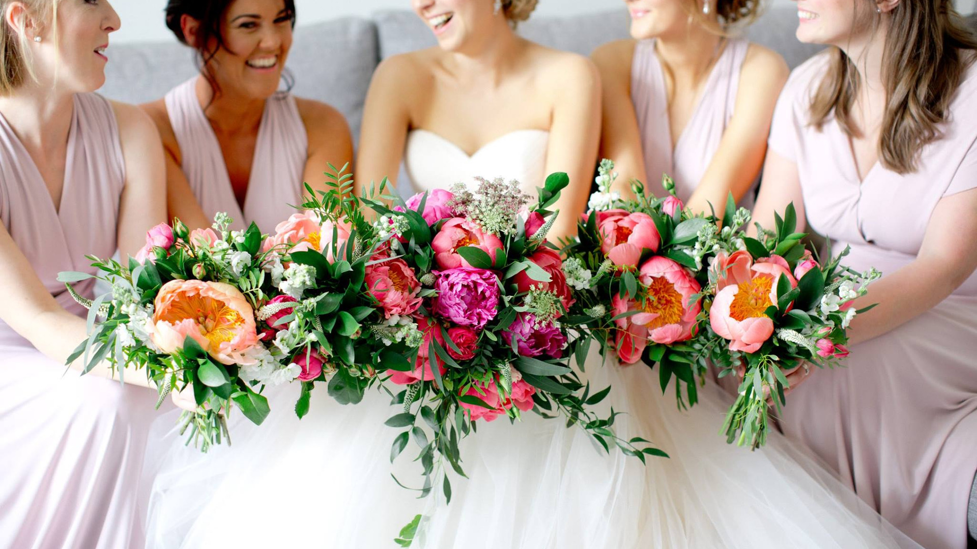 The Floral Artisan - Wedding Flowers
