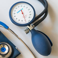 Blutdruckmessgerät.JPG