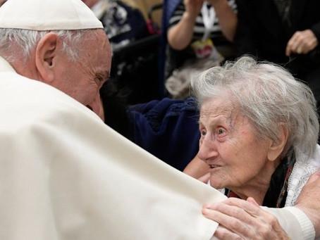 ¿Eres adulto mayor? el papa Francisco creó Jornada Mundial de abuelos y personas mayores.