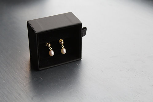 18ct Gold with Freshwater Pearls