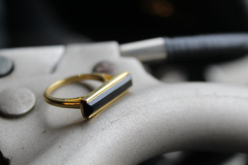 18ct Vermeil Ring with Black Onyx Baguette Stone