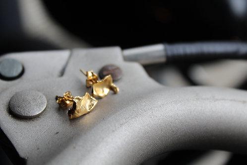 Small 18ct Gold plate Rain Drop Studs